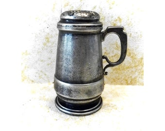 Vintage AMERICAN Silver Plated MUFFINEER Sugar Shaker - Brittania Metal -- Free Shipping