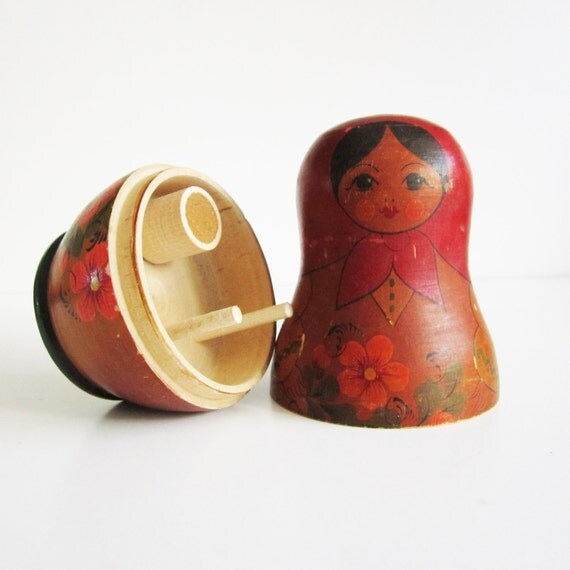 VINTAGE matroshka doll container for shadow boxes, jewelry, mixed media art, ASSEMBLAGE.