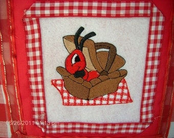 Embroidery Ant in a Picnic Basket Album