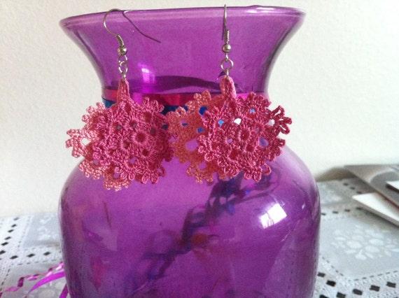 crochet flower earrings, crochet pink flower earrings, crochet lace jewelry, women fashions, USA seller