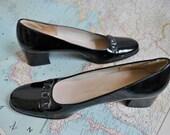 SALE Vintage patent leather Ferragamo low heels (( 6.5 ))