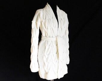 White cardigan/ oversize sweater/ handmade cable-knitted cardigan/ Knit coat / Cardigan sweater