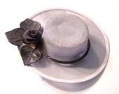 Vintage Brooch White Wide Brim Hat P330