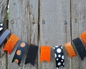 Halloween Garland Felt and Ribbon - 3 ft, Pumpkins, Black and Orange, Glitter, Polka Dots