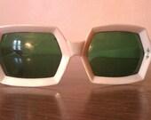 Amazing Vintage Mod White Sunglasses
