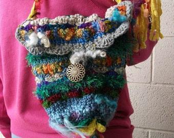 freeform crochet  HAPPY KARMA purse lined