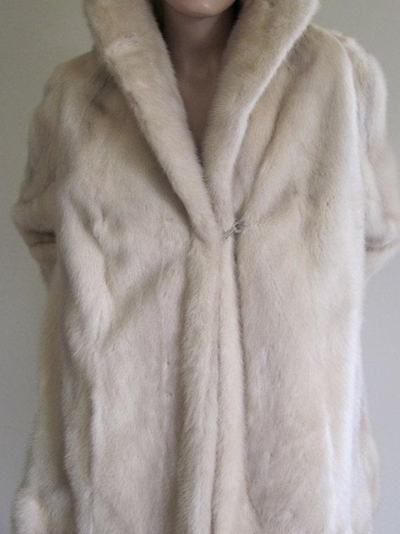 RESERVED FOR ALANGRIEAL 1960s White Mink Coat/ Mid Century Mink/ Blonde Fur Jacket/ Mad Men/ Hollywood Regency/ Dynasty/ Winter Wedding