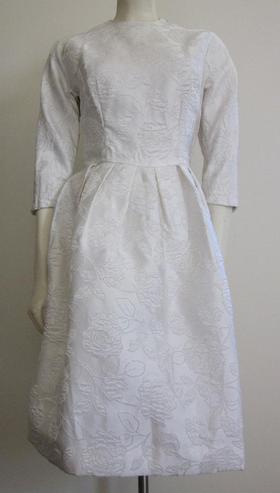 Vintage Wedding Dress 1950s/60s Short Wedding Dress Audrey Hepburn Jacquard Floral Brocade Taffeta Matelasse Mad Men Bridal Gown