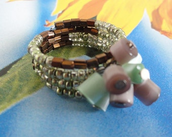 Memory wire ring - adjustable dangling cute memory wire ring