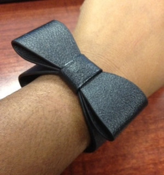 Black Leather-like Bow Cuff