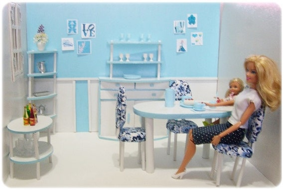Barbie Size Diorama - 1st Dining Room Set