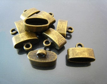 Finding - 4 pcs Antique Brass Leather Cord Ends Cap For Round Leathers 15mm x 10mm x 7mm ( inside 12mm x 5mm width )