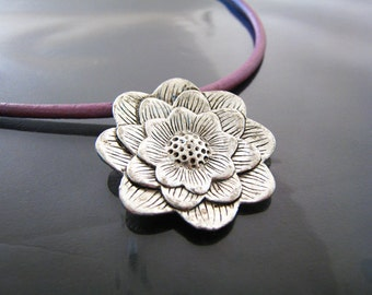 Finding - 1 pc Vintage Silver Large Flower Pendant with Loop ( 35mm x 35mm )