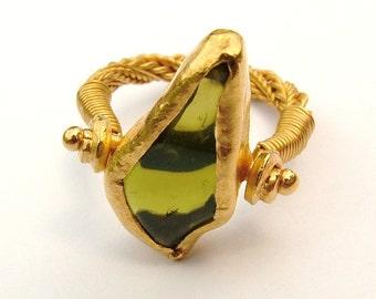 22K gold Peridot ring