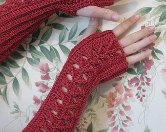 Cranberry Fingerless Gloves