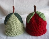 TWINS apple hats for newborns.  PHOTO OPS.  red and granny smith apples with stems and leaves