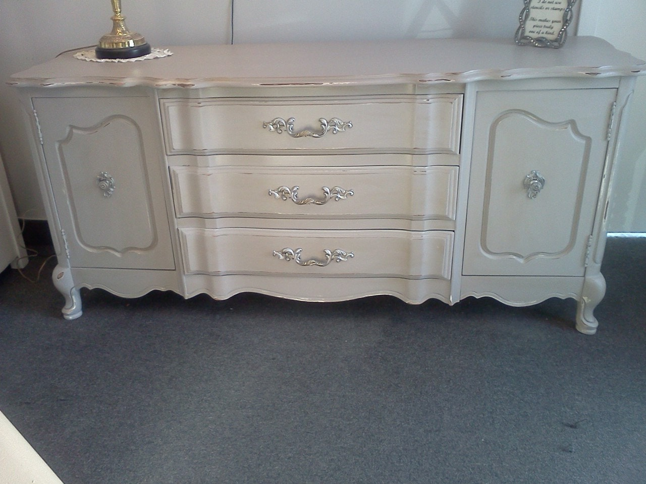 vintage painted distressed shabby chic buffet sideboard. Black Bedroom Furniture Sets. Home Design Ideas