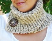 Oatmeal Cowl with Natural Button