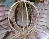 Vintage Wire Chippy Shabby Chic Hat Stand - Form - Display - Holder