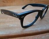 Vintage 80s Wayfarer  RayBan black  frames unisex r1