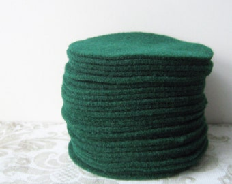 "30 pcs, 3"" Pre cut Hunter Green Felt Circles"