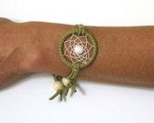 White Agate Native American Inspired Dreamcatcher Bracelet, Unisex Adjustable bracelet