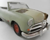 1950 Ford 1/24 scale model car in pale green Rusted Junked and Distressed