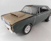 1968 Dodge Dart 1/24 scale model car in green