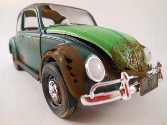 1966  VW 1/24 scale model car in green