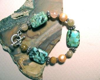 Turquoise and Agate bracelet, gemstones, beaded bracelet 293