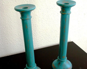 Clearance ,Sale!! -- Winter Blue Wooden Candle Holder (Set of 2)
