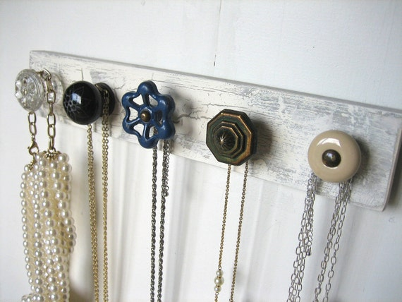 Necklace Organizer / Accessories Rack with Water Valve