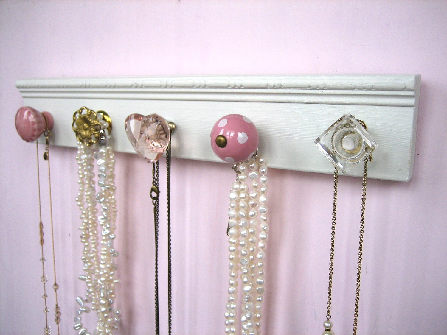 jewelry wall hanger with assorted knobs by auntdedesbasement