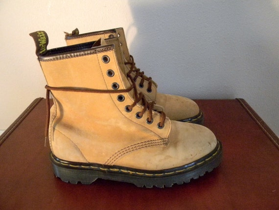 Vintage Soft Leather AirWair Doc Martens