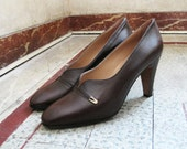 1950's Italian brown leather pumps size 40 or 9 US