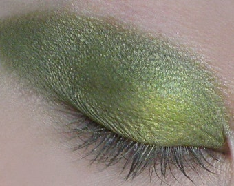 Green Apple Shimmery Eye Shadow 5g