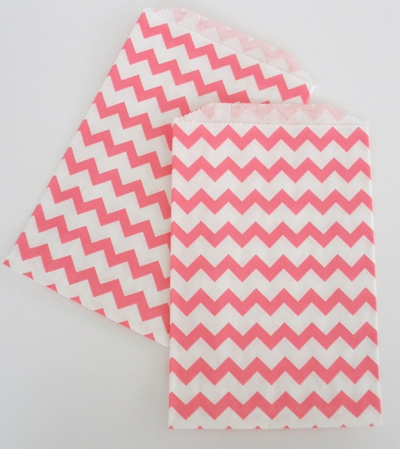 24 PINK Chevron Paper Bags.....Pink Chevron Design Favor Bags.....Wedding Favors, Birthdays, Loot Bags, Candy Bags