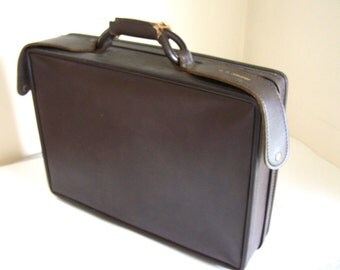 Vintage briefcase Hartmann Luggage dark brown faux leather with fold down working surface
