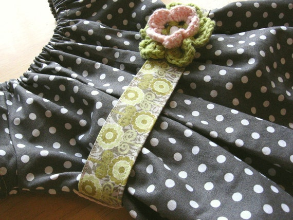 Girls Spring  Dress, Charcoal Gray, Olive Green and Pink Polka Dots, Cap Sleeves, Sash with Crochet Flower