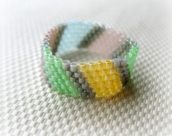 Pastel Colors Beaded Ring. Simple Elegant Bead woven Ring. Gift under 20.