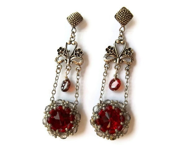 Swarovski Rivoli Ruby Red Earrings. Beadwoven Dangle Earrings. 925 Sterling Silver Earrings. Long Earrings. Seed Bead Jewelry.