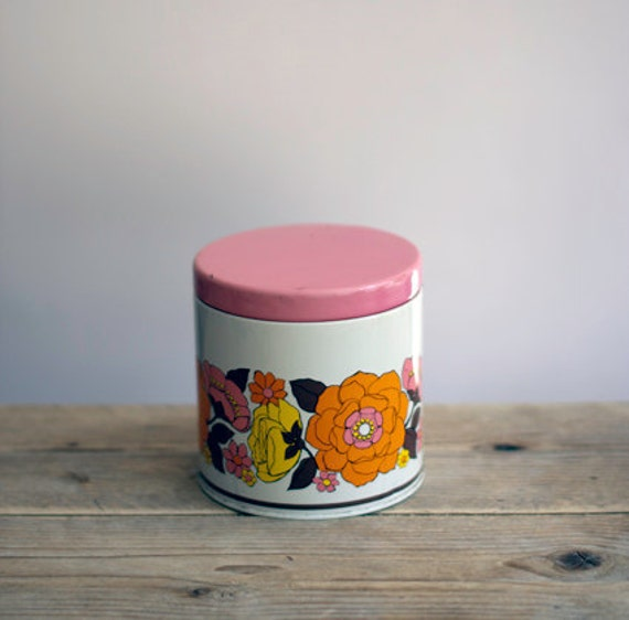 Retro canister pink/flowers