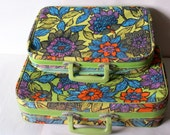 2 Retro Green FLORAL SUITCASES // 2 Vintage Mini Suitcases // 1970's // Travel Bag // Carrying Case // Luggage // Travel