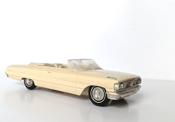 Vintage Dealer Promo Model Car 1964 Ford Galaxy Convertible 500XL