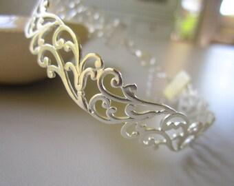 Silver Bracelet,  Lace cuff bracelet, Filigree silver bracelet, Bridesmaid bracelet, Silver Cuff Bracelet, Bridesmaids gift