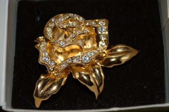 Vintage AVON Rose Passion Brooch REDUCED Price