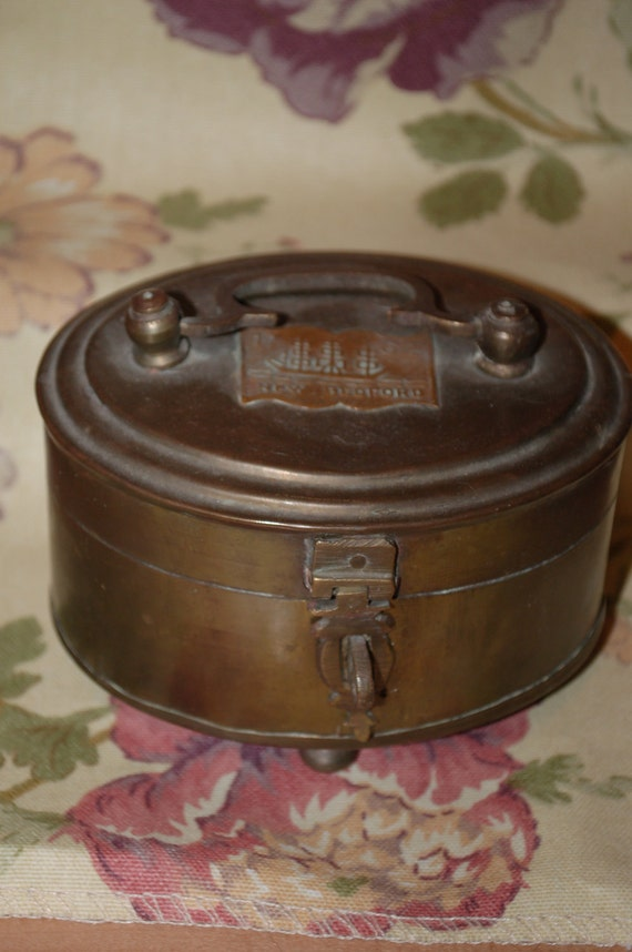 Brass Vintage Oval Box New Bedford Footed Keepsake Box
