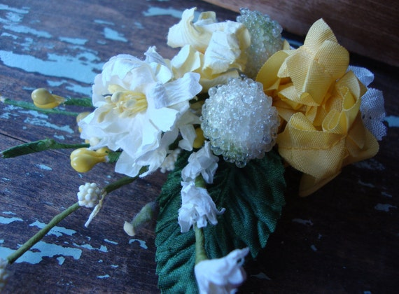 Frosted Sugared White Millinery Stamen Egg and Yellow Mix Bouquet