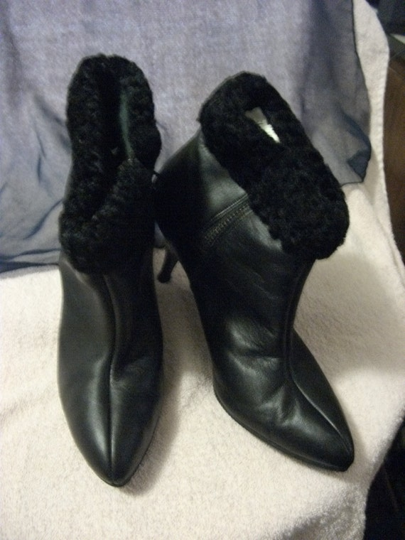 "Vintage Black Leather Ankle Boots with Faux Fur Trim 3"" Stiletto Heels Size 8 1/2 Only 10 USD"