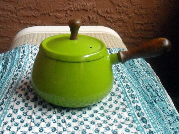 Vintage Fondue Pot in Lime Green, Wooden Handles, Enameled, 70s
